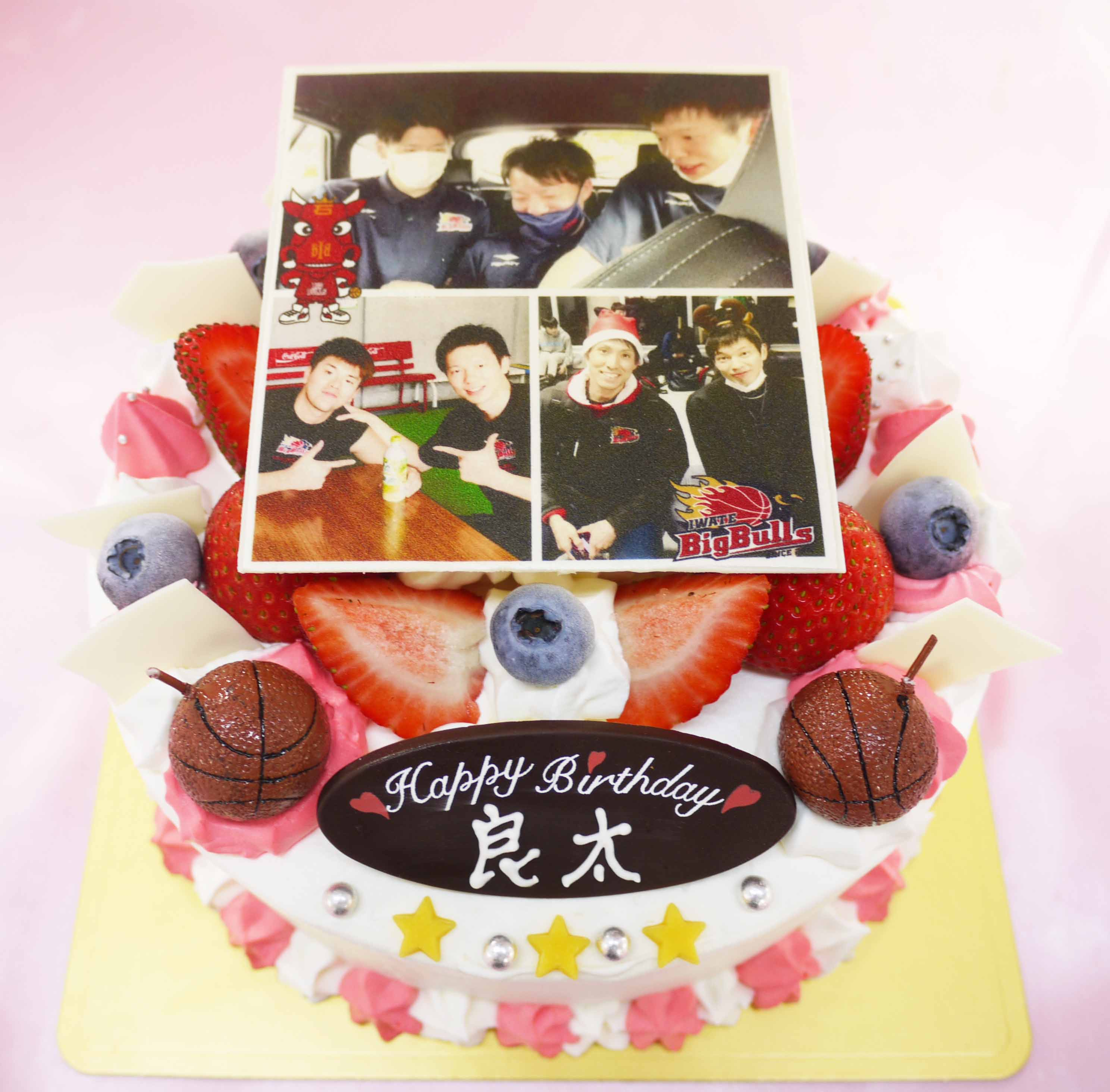 岩手ビッグブルズ伊藤良太選手の誕生日ケーキ