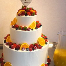 【岩手県盛岡市】タワータイプのウェディングケーキ(カラードリップ3段)をお作りしました