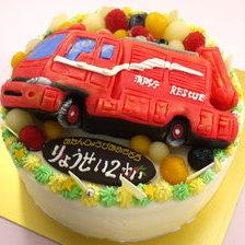 【全国配送】消防車の立体ケーキを作りました!