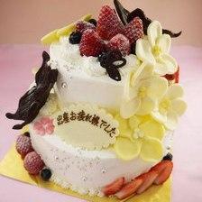 【店頭受取】蝶とお花の2段ケーキを作りました